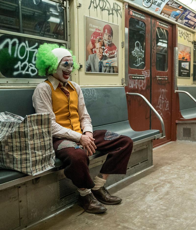 50 фото Джокера в исполнении Хоакина Феникса и фото самого актера