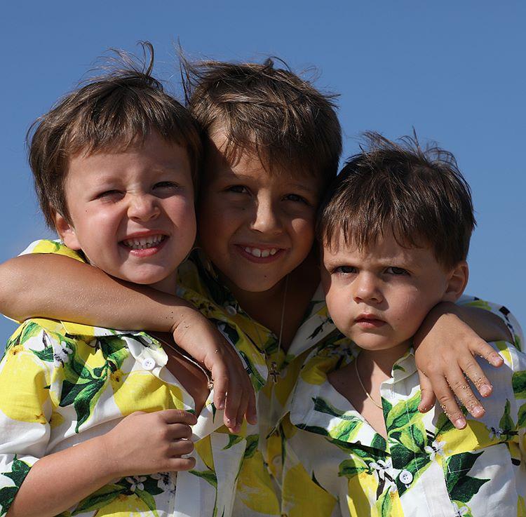 трое сыновей картинки обнаружить