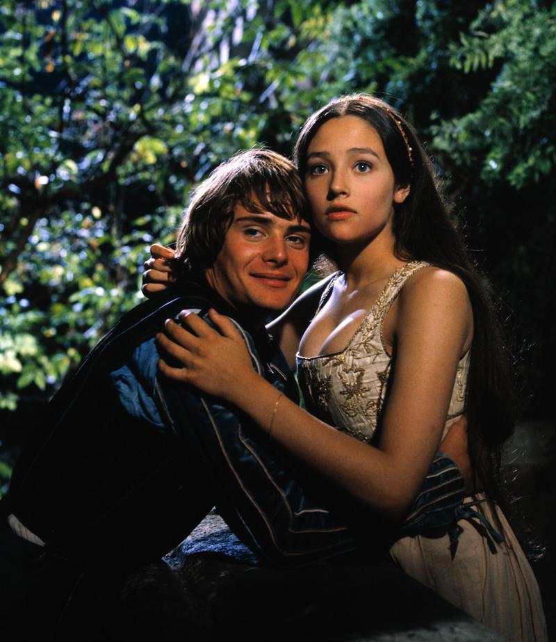 """55 фото Оливии Хасси и Леонарда Уайтинга """"Ромео и Джульетты"""""""