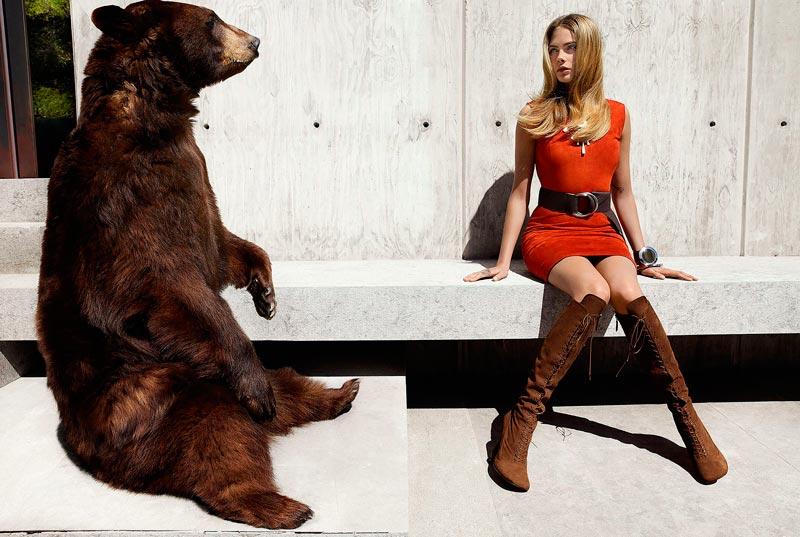 Кара Делевинь фотосессии с медведем