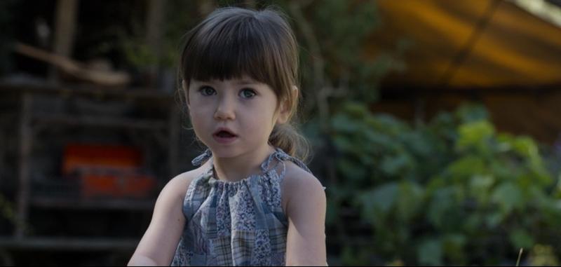 """Дочка, которая родилась у Джека Харпера из фильма """"Обливион"""""""
