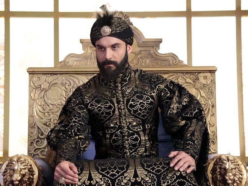 """30 лучших фото турецкого актера Али Эрсана Дуру. """"Султан моего сердца"""""""