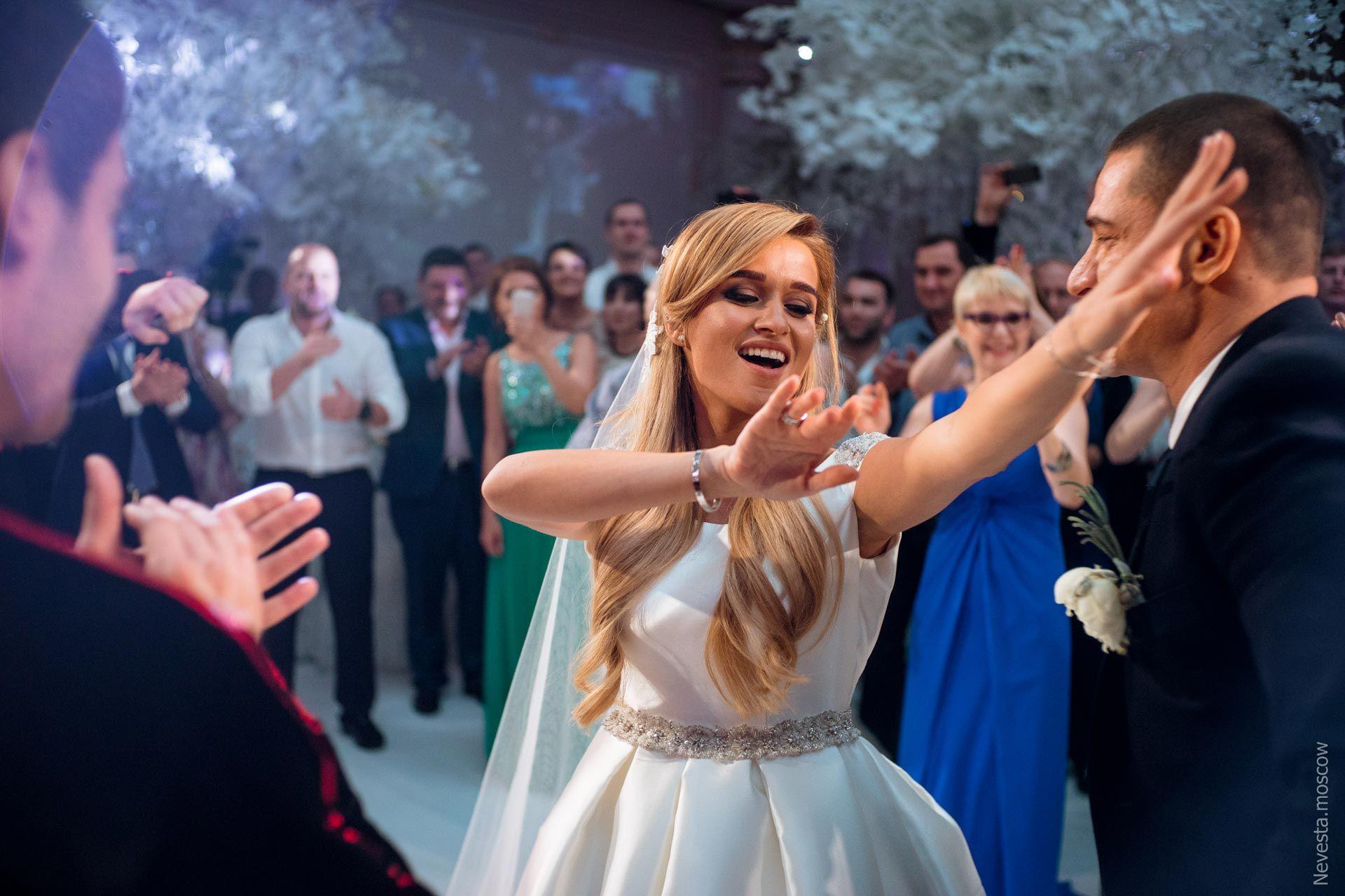 кто фотографировал свадьбу ксении бородиной линии разграничения между
