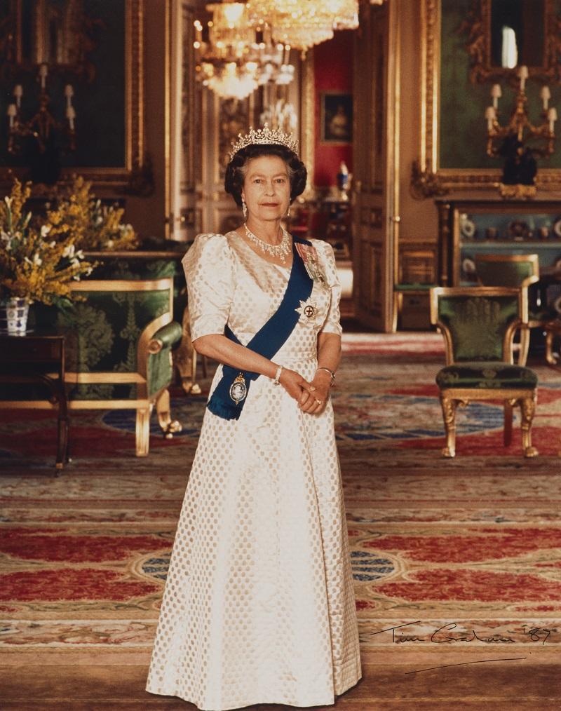 королева елизавета английская в молодости фото вдруг