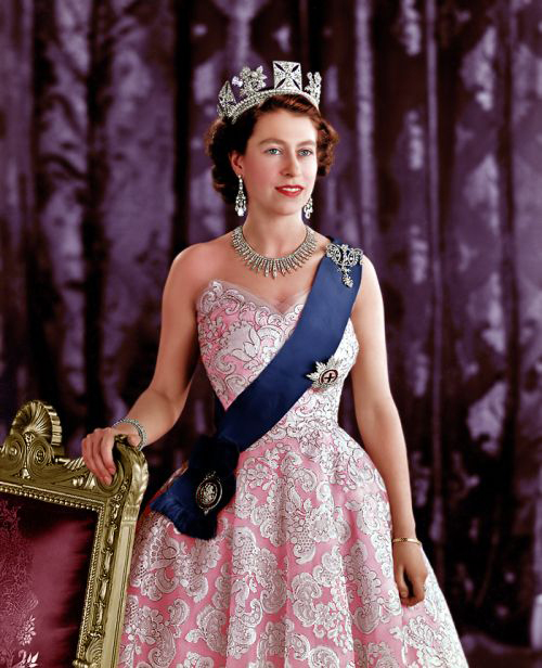 100 лучших фото королевы Елизаветы 2 в молодости, зрелости, ее мужа Принца Фили́пп