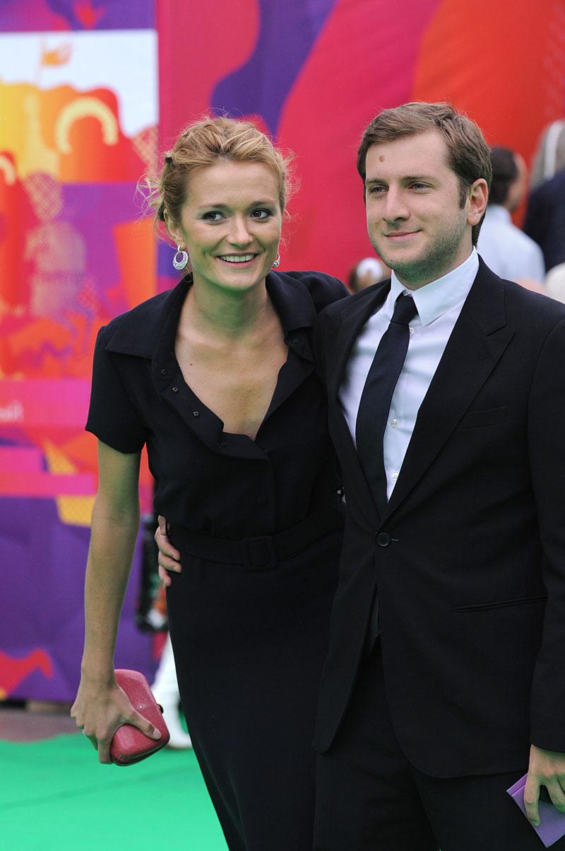 Надя Михалкова с мужем и детьми StoDam 14