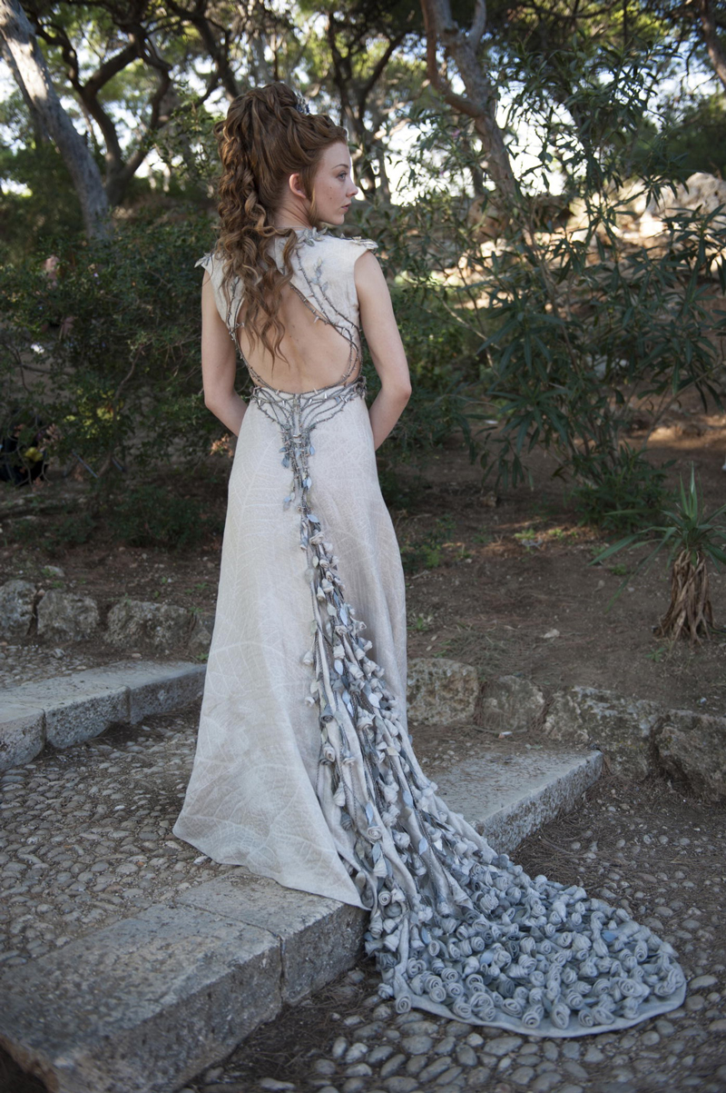 Маргери Тирелл в свадебном платье