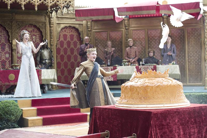 Пурпурная свадьба Джоффри Баратеона и Маргери Тирелл пирог с голубями