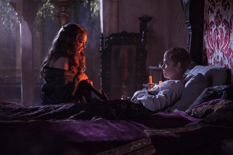Маргери Тирелл приходит к Томмену в спальню