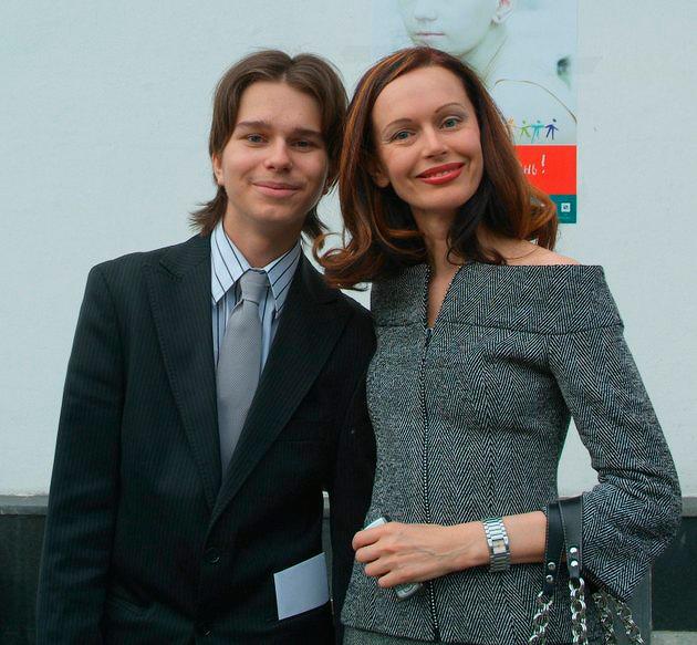 Бывшая жена Сергея Безрукова Ирина Безрукова и ее сын Андрей Ливанов