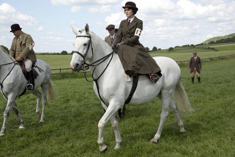 Мэри 5 сезон на лошади верхом Аббатство Даунтон