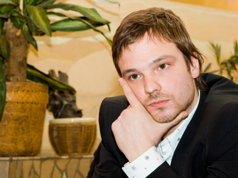 52 лучших фото Алекся Чадова, а так же его совместные фото с Агнией Дитковските