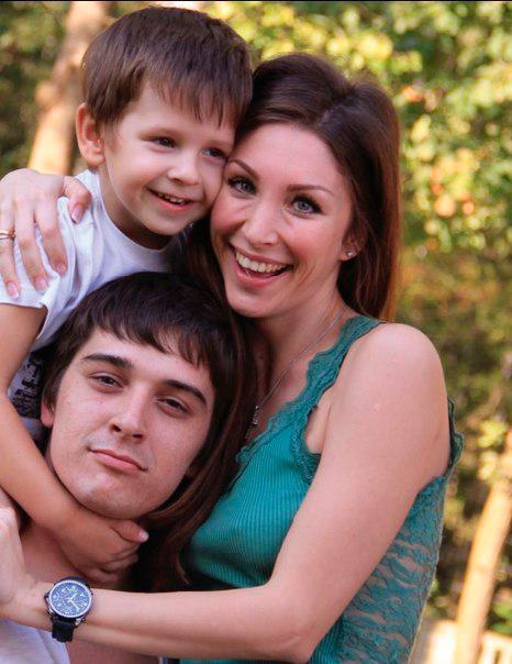 Ребенок и жена Станислава Бондаренко Юлия Чиплиева 25 лучших фото