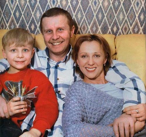 Елена Яковлева: 60 лучших фото ее самой, мужа Валерия Шальных, сына Дениса Шальных