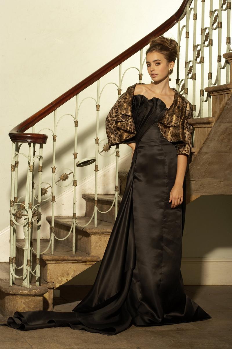 Лили Коллинз фото вечернее платье леопардовое