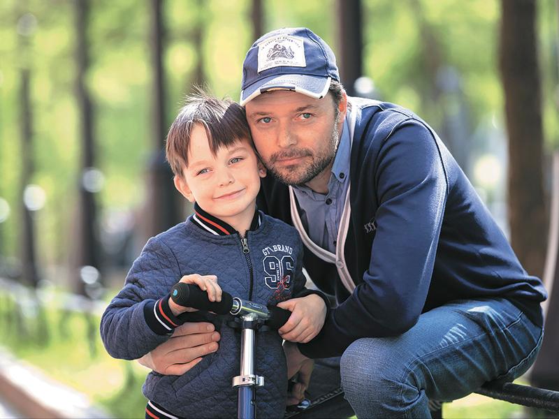 50 фото Ильи Носкова и его семьи: жены Полины Васильевой, детей