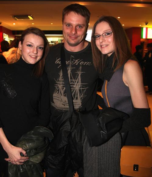 0 фото Александра Носика, его жены и любовницы Анастасии Крайновой