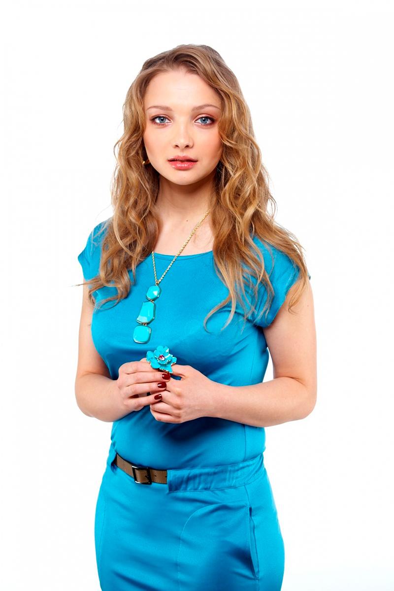 ekaterina-vilkova-stilyagi-golie-podruzhki