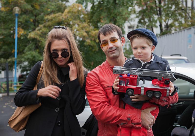 40 фото Ольги Дроздовой и Дмитрия Певцова и их сына Елисея, а так же фото погибшего сына Даниила