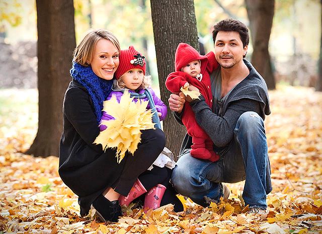 60 фото Ольги Ломоносовой, ее мужа Павла Сафонова и детей