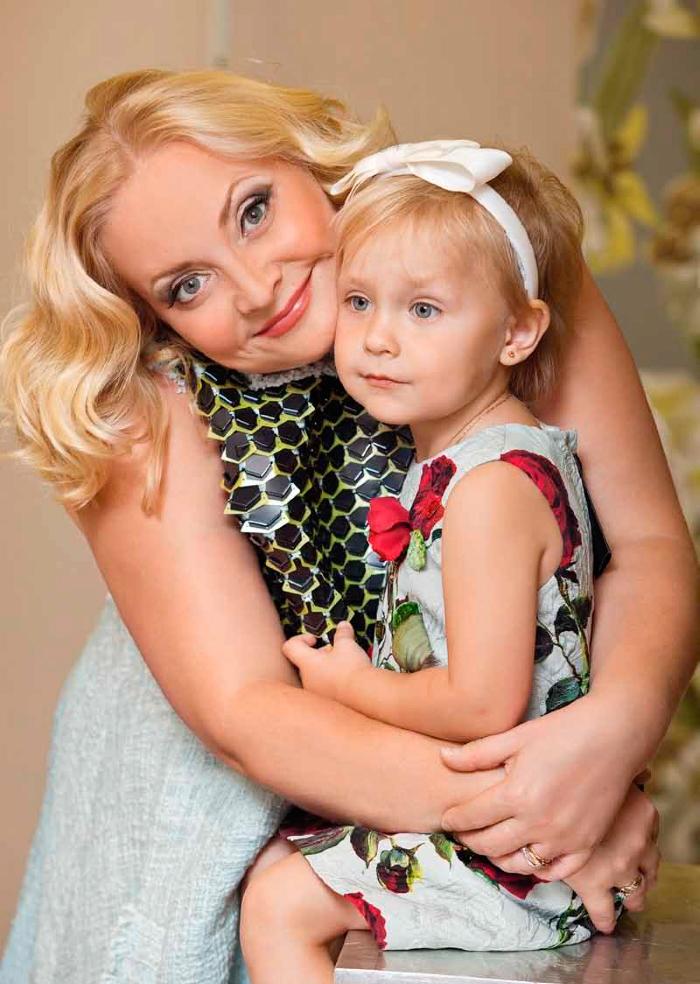 Светлана Пермякова 70 фото ее, мужа Максима Скрябина, дочери Варвары
