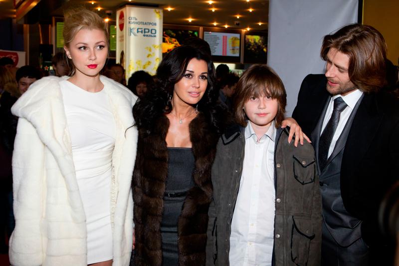 70 фото Анастасии Заворотнюк, ее мужей и детей (дочь Анна и сын Майкл)