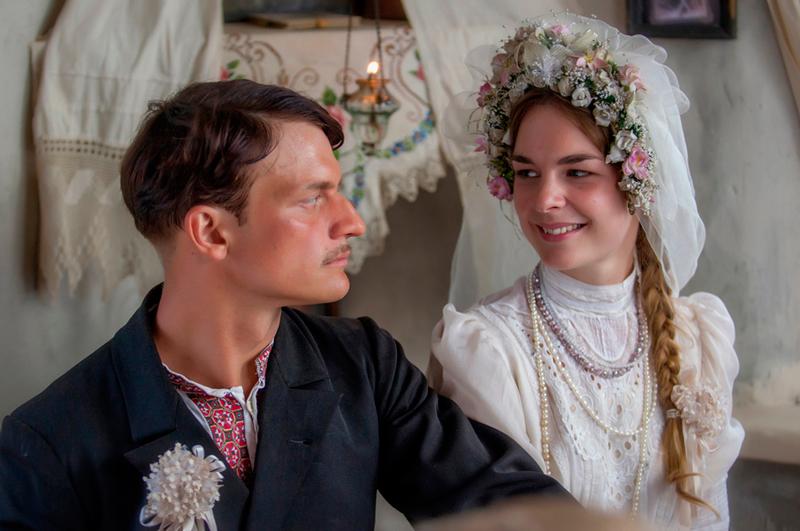 Дарья Урсуляк 40 ее лучших фото, а так же ее мужа Константина Белошапки, родителей и сестры
