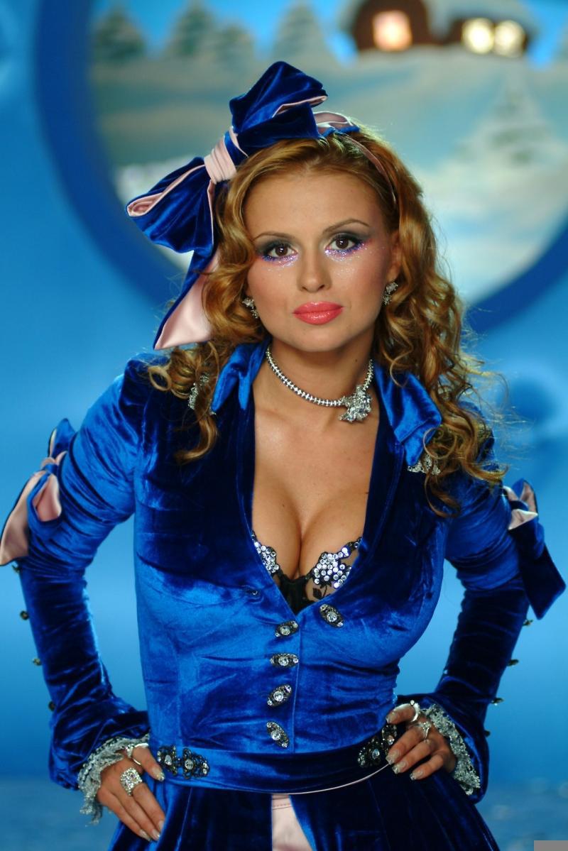 Голая Анна Семенович Вк