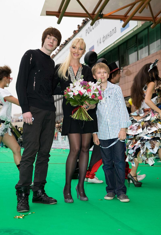 Кристина Орбакайте и ее дети, фото 2015 DevChatt