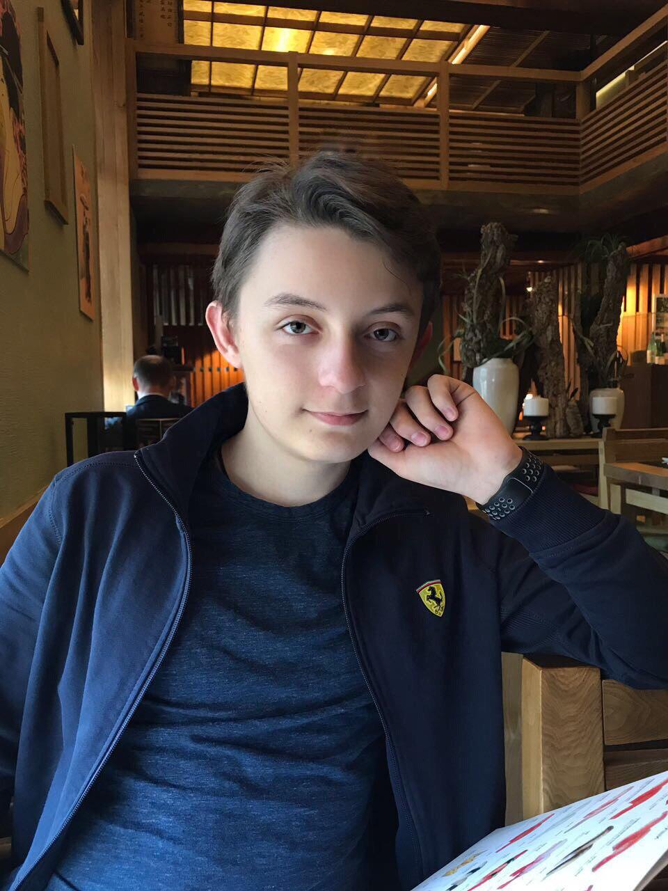 55 эффектных фото Ольги Орловой (Блестящие) в молодости и сейчас, фото сына