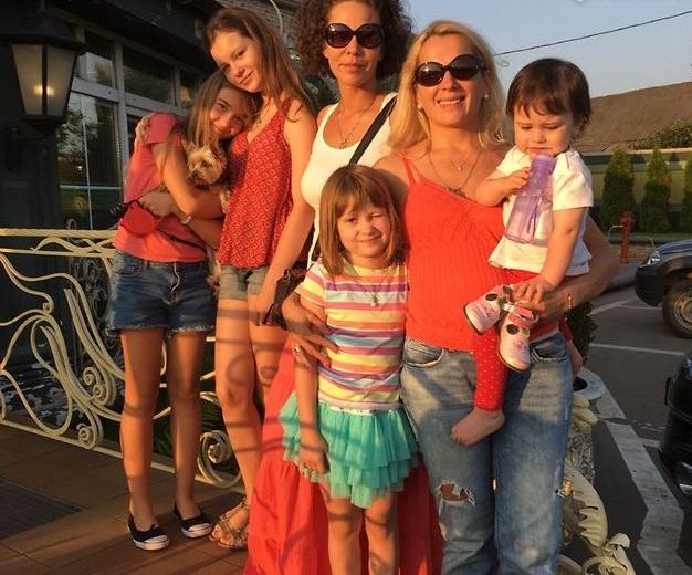 70 лучших фото Марии Порошиной, ее мужа и четверых детей