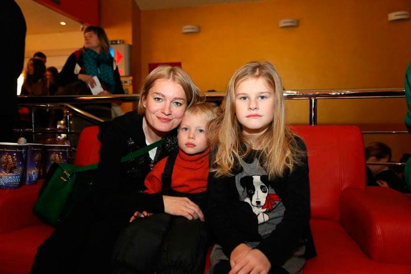 70 лучших фото Виктории Толстогановой и ее детей, бывшего и нынешнего мужа