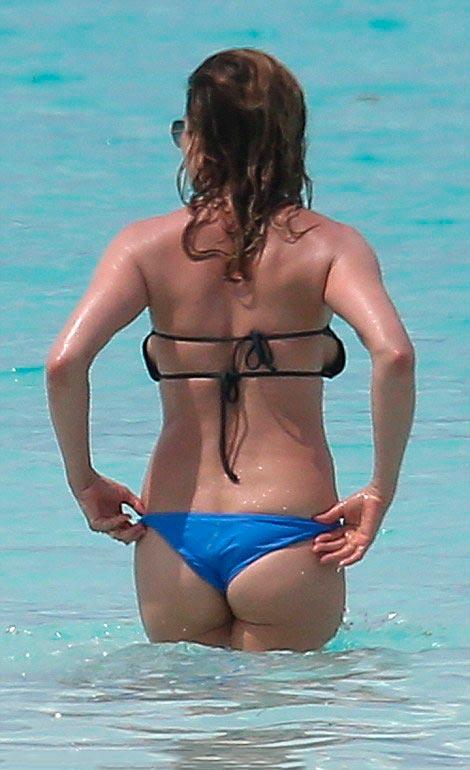 Дженнифер Энистон эротическое 40 фото в купальнике