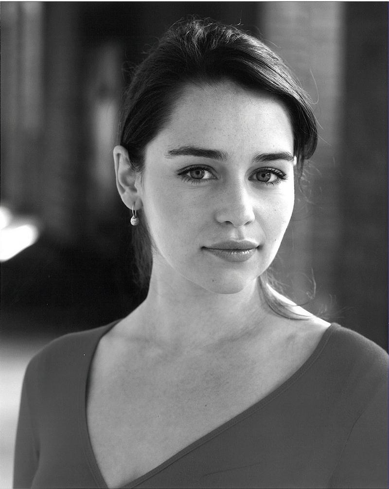 Эмилия Кларк портрет 2010