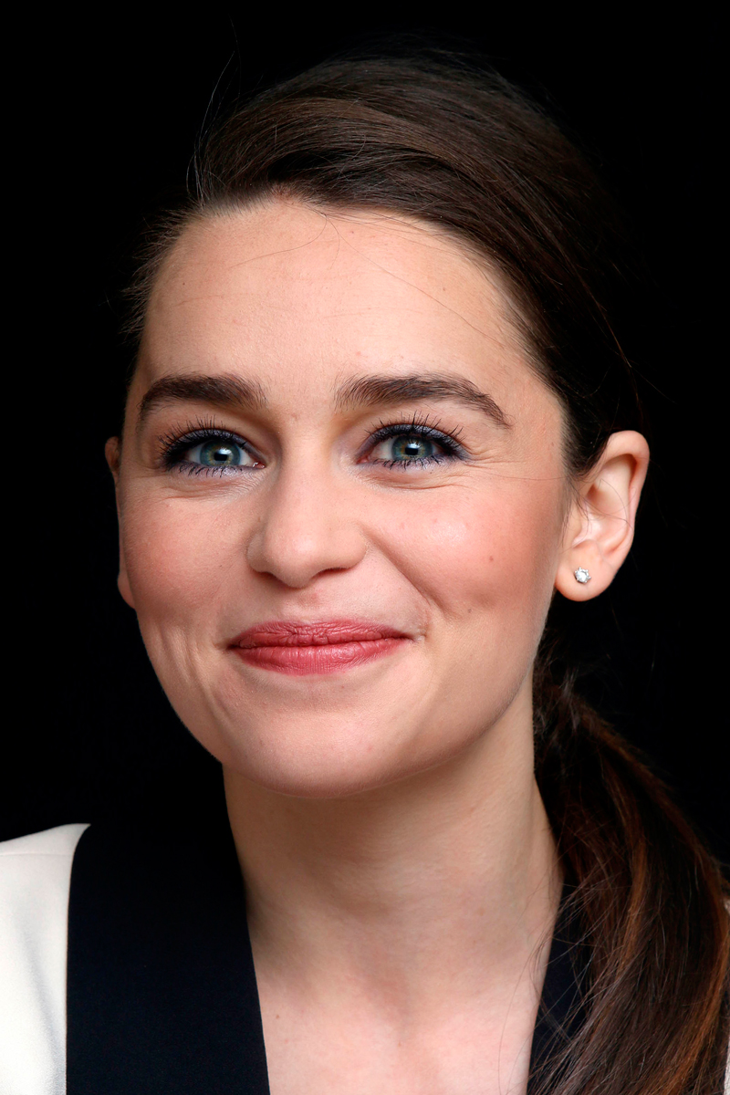 Мимика, брови, глаза и щиколотки актрисы Эмилии Кларк