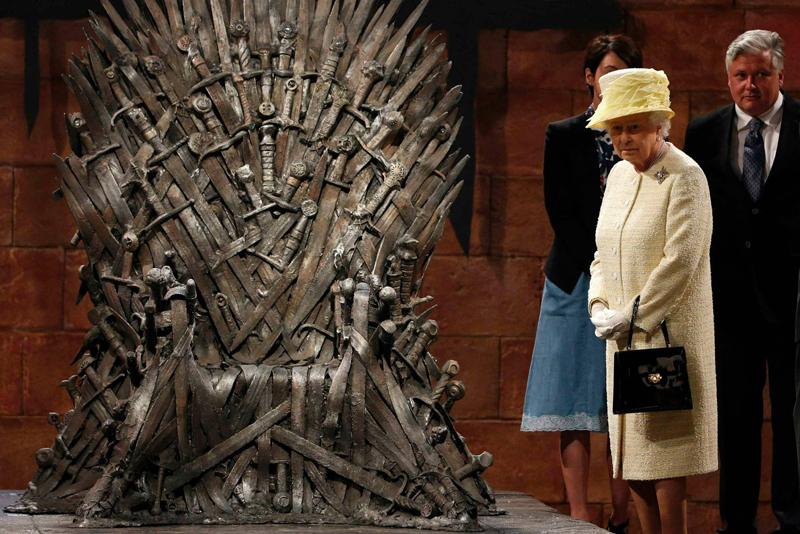 Королева Елизавета и железный трон