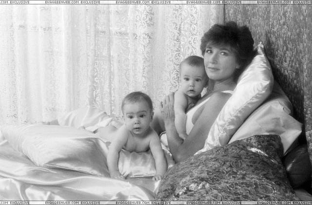 Сестра двойняшка Евы Грин Джой - 40 фото, Марлен Жобер
