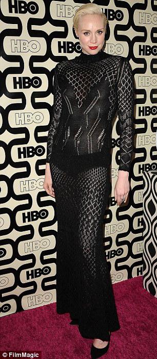 Гвендолин Кристи в полупрозрачном платье