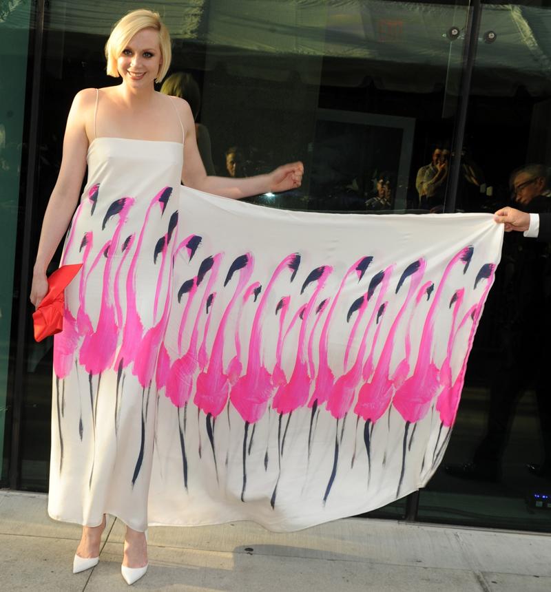 Fragrance Foundation Awards 16 июня 2014 Гвендолин Кристи платье с розовыми фламинго