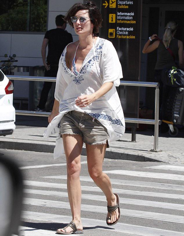 Лина Хиди в шортах