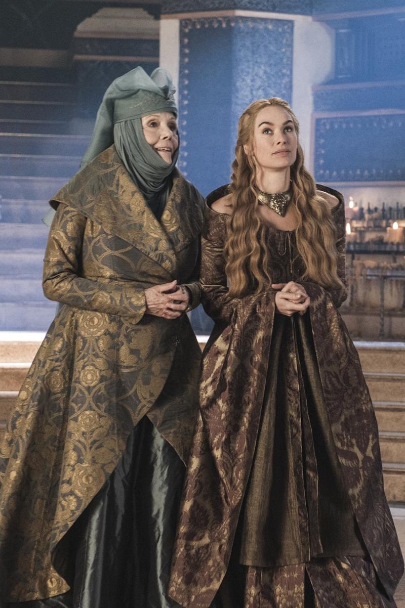 Серсея Ланнистер наряды и платья и прически Игра Престолов