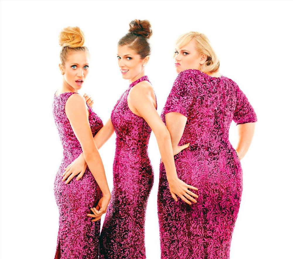 Анна Кендрик в платье фото 2014 год