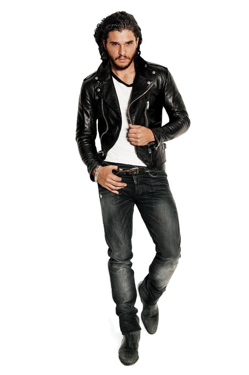 Кит Харингтон фотосессия для GQ 2014 год на белом фоне в кожаной куртке