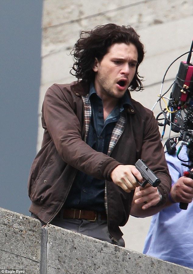 Кит Харингтон съёмки Призраки: Лучшая Участь