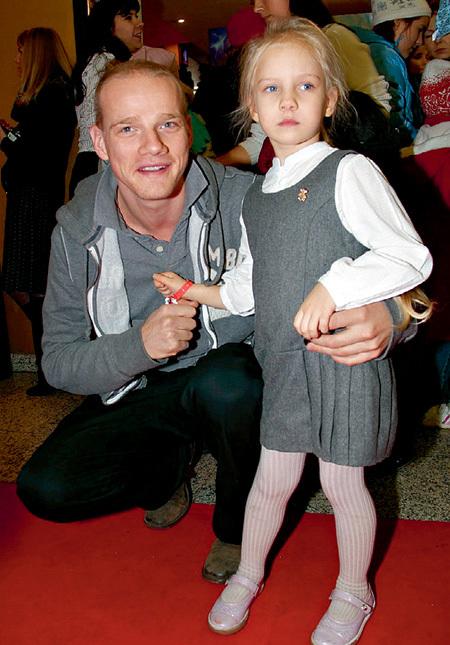 Юрий Колокольников с дочкой