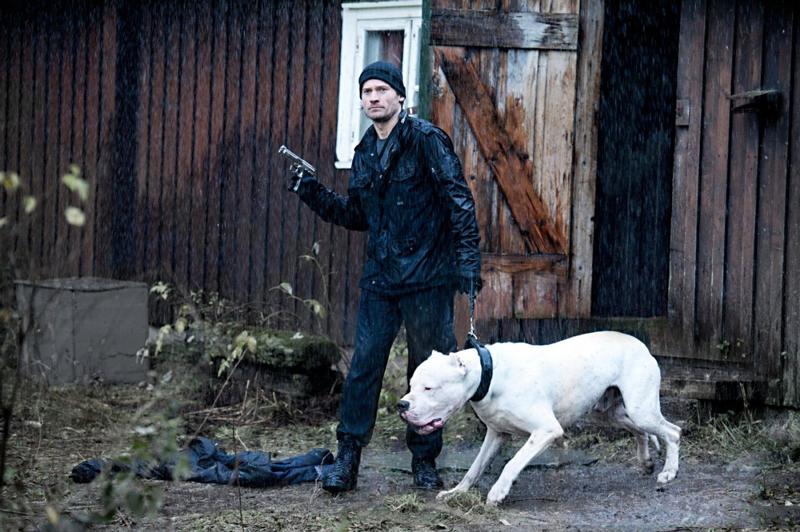 Николай Костер-Вальдау и белый питбуль фильм Охотники за головами