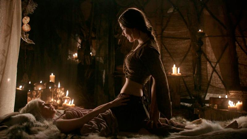 рабыня учит Дейнерис искусству любви