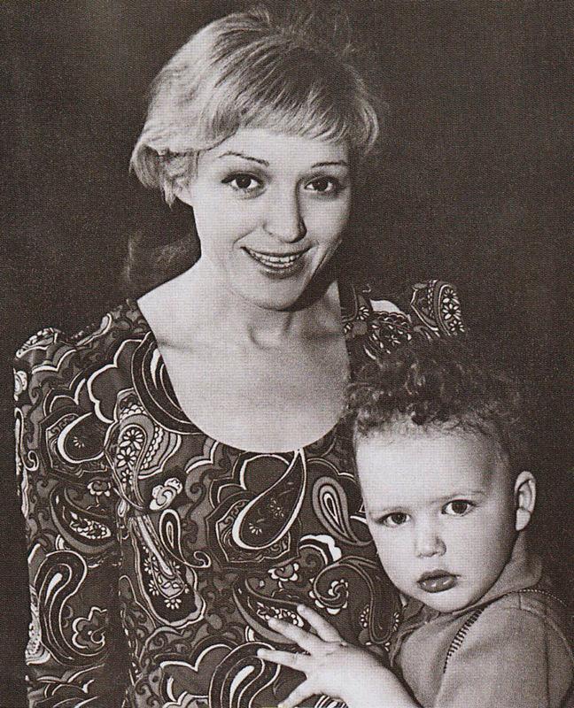 60 лучших фото первой жены Максима Виторгана и их детей - Полины и Даниила