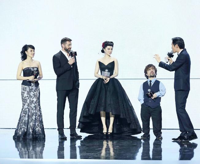 """Питер Динклэйдж, Хью Джекман, Бинбин Фань """"Люди Икс"""" премьера Китай"""