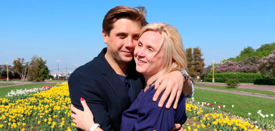 Роман Маякин с женой